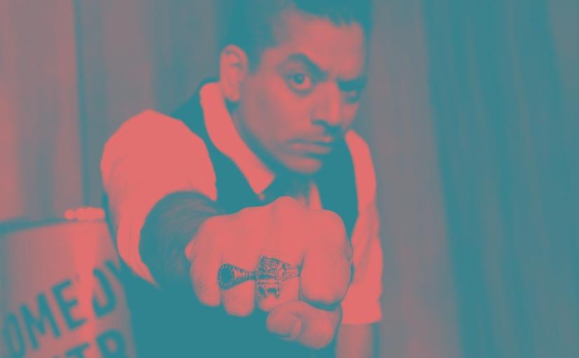 Agosto – Negro Albornoz (Anticheto Stand Up) – Domingo 18 –22hs